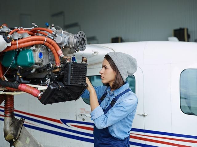 24 می ، روز جهانی تکنسین تعمیر و نگهداری هواپیمایی
