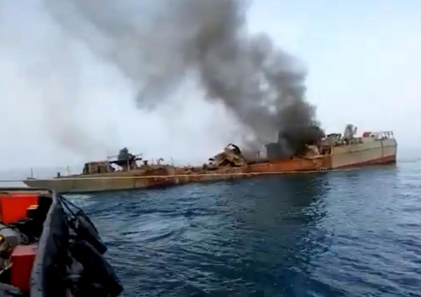 همه ابعاد حادثه شناور کنارک در دست بررسی است - All aspects of Konarak frigate accident are under investigation