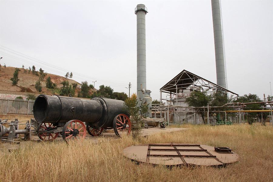 اکتشاف نفت نخستین بار در تاریخ ایران در مسجد سلیمان - Oil exploration for the first time in the history of Iran