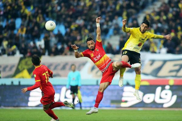 لیگ برتر فوتبال تحت الشعاع کرونا
