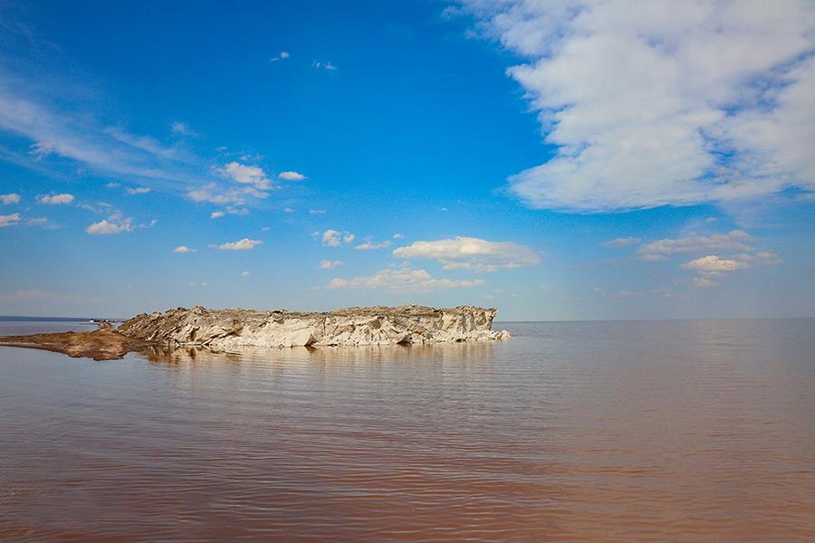 دریاچه نمک حوض سلطان در 40 کیلومتری شمال شهرستان قم