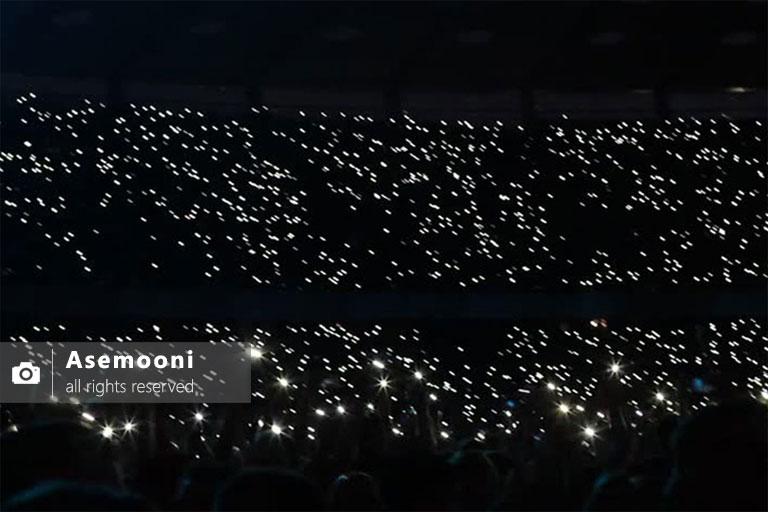 موج مکزیکی به همراه نور موبایل
