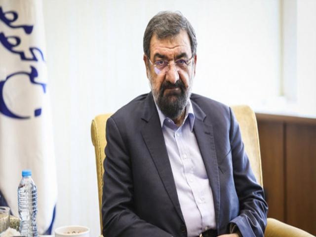 محسن رضایی : دولت باید جلوی گرانیها را بگیرد