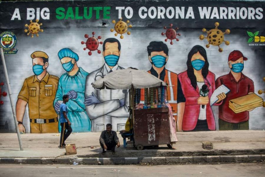 نقاشی دیواری به پاس قدردانی از کادر درمانی، پلیس و اصحاب رسانه و دیگر اقشاری که در صف نخست مبارزه با کرونا ویروس قرار دارند