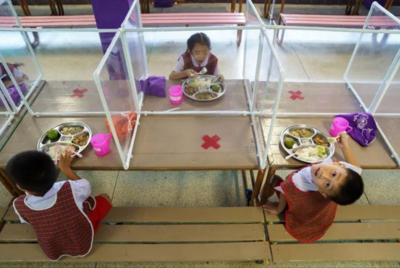 ناهارخوری یک مهد کودک در شهر بانکوک تایلند