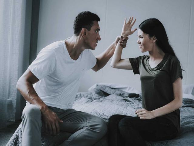 با همسر بدبین چگونه رفتارکنیم