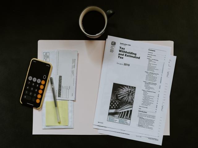 متوسط پرداخت مالیات یک شخص در آمریکا چقدر است؟