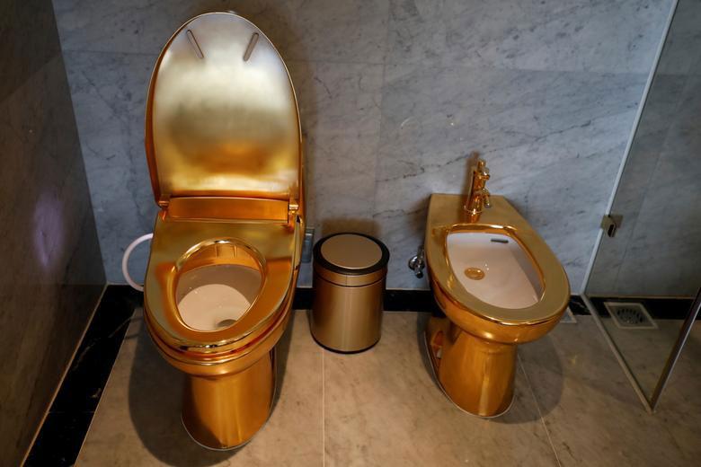 دستشویی هتل طلایی شهر هانوی