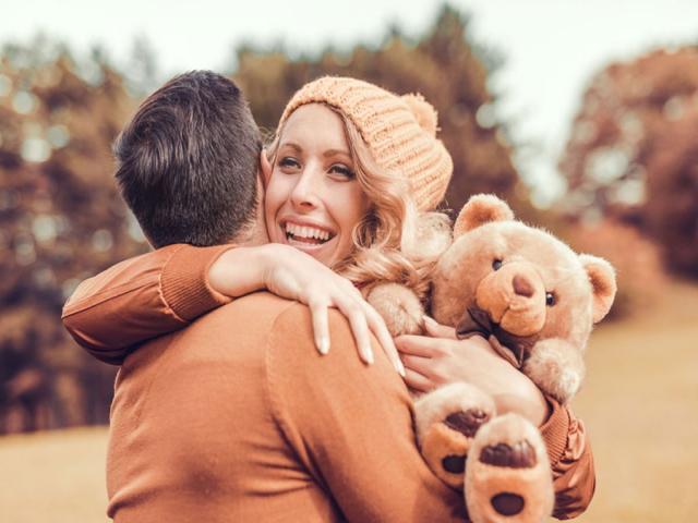 رابطه نزدیک و عاشقانه بین زوجین