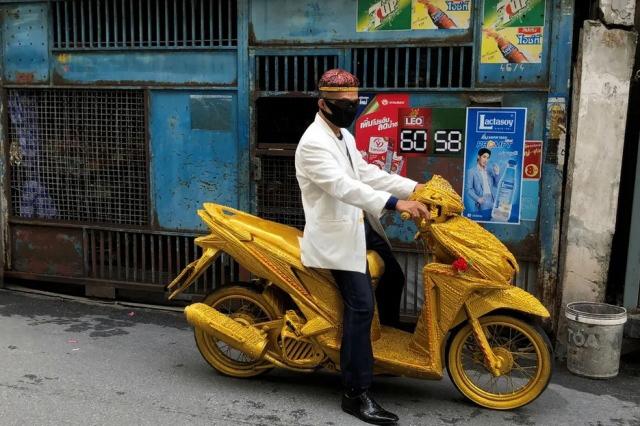 موتور طلایی در بانکوک تایلند
