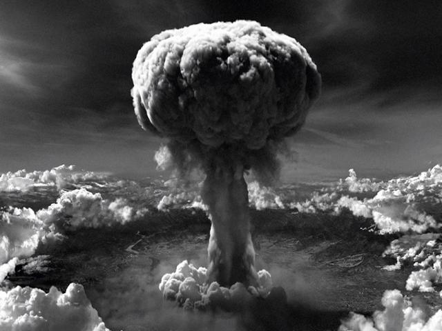 6 آگوست ، انفجار بمب اتمی آمریکا در هیروشیما (1945م)