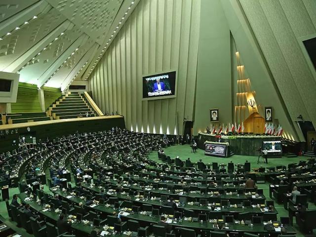 شکایت نمایندگان مجلس از وزیر نفت