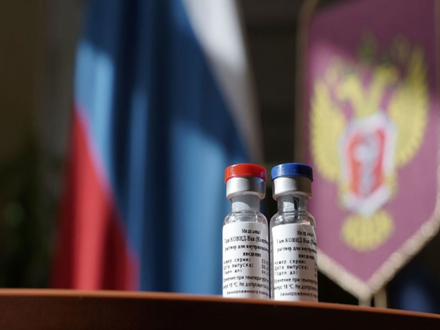 دکتر لاری : هیچ اطلاعاتی از واکسن کرونای روسیه نداریم
