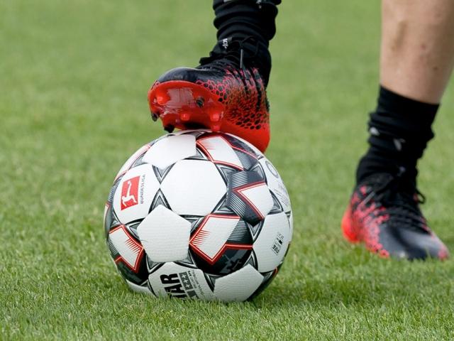 ورود مجلس برای گشودن جعبه سیاه قراردادهای فوتبالی