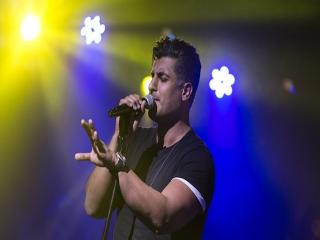 بیوگرافی شهاب مظفری، خواننده خوش صدای موسیقی پاپ