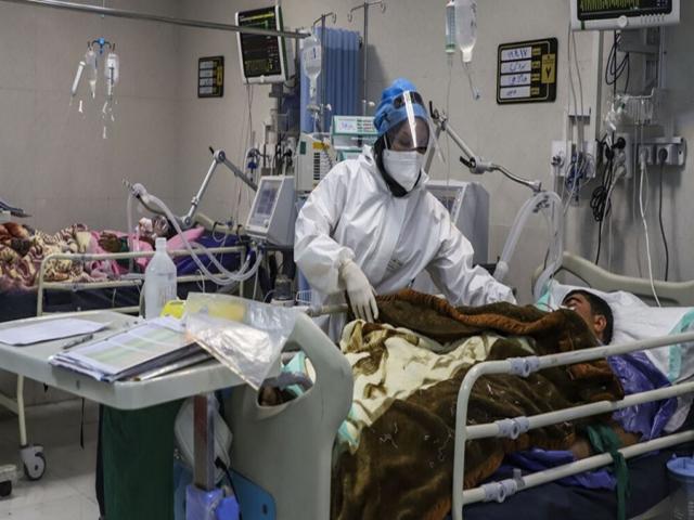 ثبت 2113 مورد ابتلای جدید به کرونا و فوت 141 مبتلا در کشور طی 24 ساعت گذشته