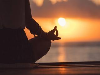 آیا می توان از یوگا برای کنترل میگرن بهره گرفت؟