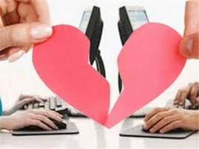 آیا آشنایی از طریق فضای مجازی  برای ازدواج درست است ؟