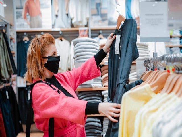 بخاطر ویروس کرونا ، هنگام خرید لباس و بعد از آن چه کنیم ؟