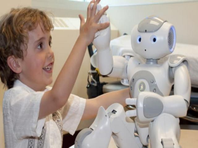 این مقاله را یک ربات نوشته، هنوز هم نمیترسی؟