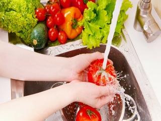 چگونه میوه و سبزیجات را در دوران کرونا ضدعفونی کنیم