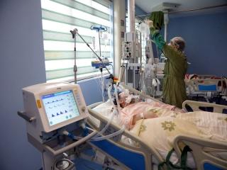 رکورد ابتلا و مرگ بر اثر کرونا در ایران دوباره شکسته شد : 4151 مبتلا و 227 فوتی