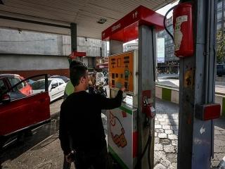 تکذیب افزایش قیمت بنزین