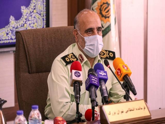 رویکرد پلیس تهران در استفاده نکردن ماسک از ارشاد به جریمه تغییر میکند