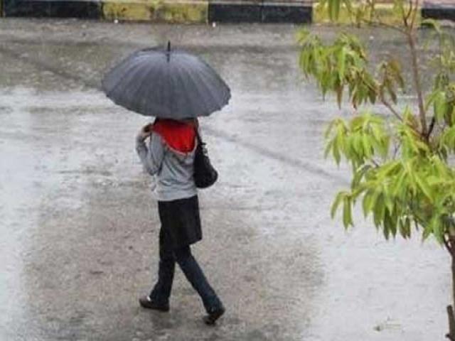 ورود سامانه بارشی به کشور/آغاز بارشها از شمال غرب