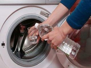 5 فایده ریختن سرکه در ماشین لباسشویی