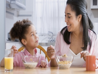 چگونه کودک خوش صحبت تربیت کنم ؟