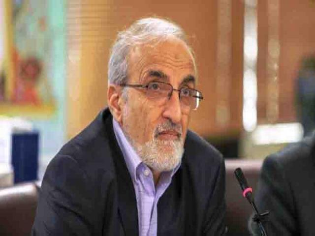 ملک زاده به دنبال انتقادات وزیر بهداشت، استعفا داد